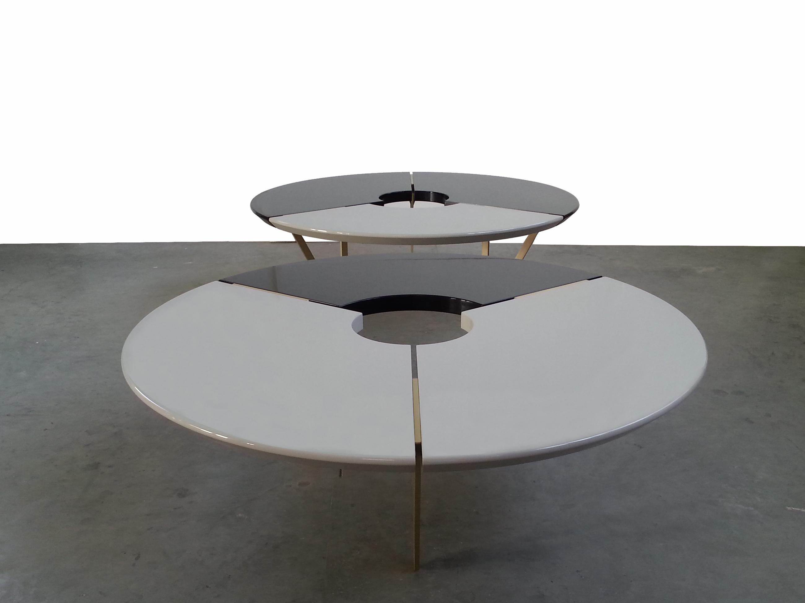 Il tavolo From Above, versione BlackandStone, design Hagit Pincovici