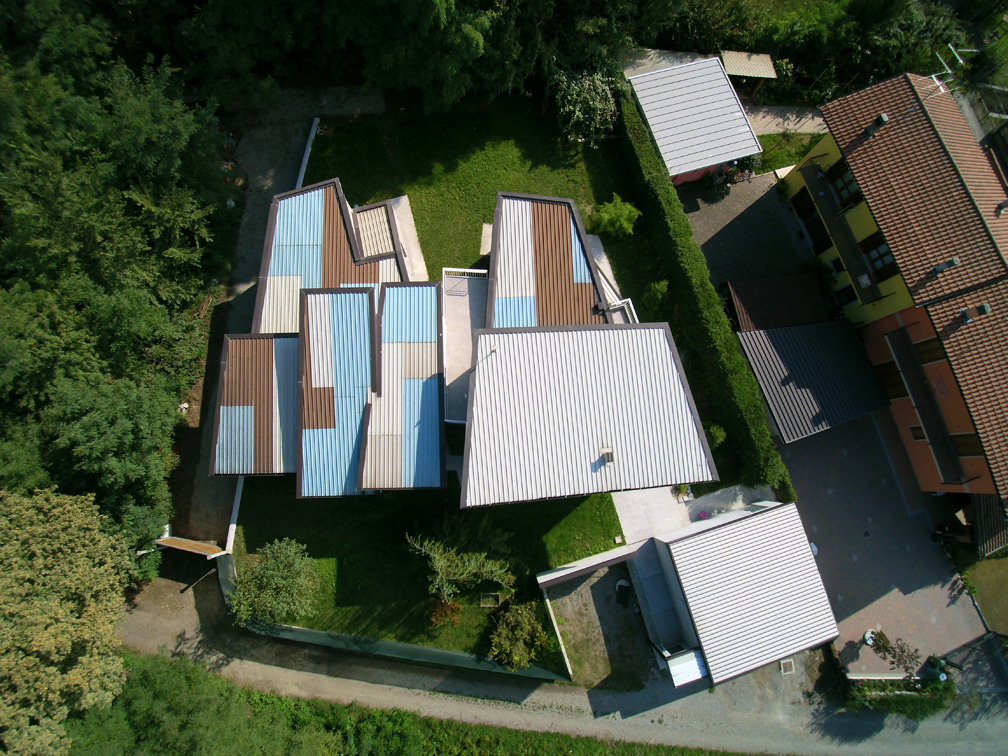 Il tetto della casa Cerniera di VMCF Atelier ph. Francesco Clemente