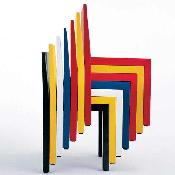 La sedia R606 Uno- Design Bartoli e Fauciglietti Engineering per Segis