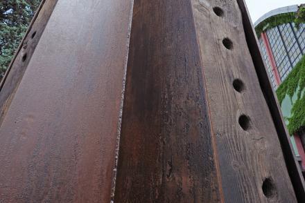 Particolare dei materiali di Obelisco, foto di Mimmo Capurso