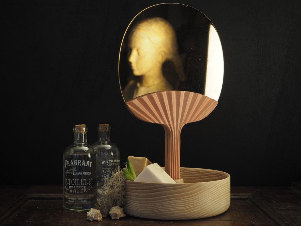 Portego con lo specchio Selfportrait al Matera Design Weekend design Ilaria Innocenti e Giorgio Laboratore
