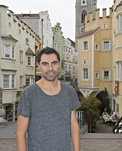Progetto Landed, Pau Palacios, drammaturgo e performer