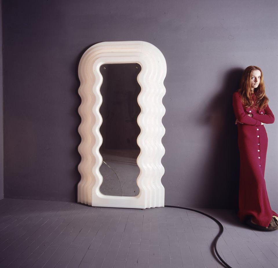 Ultrafragola, specchio, Ettore Sottsass Jr, 1970 per Poltronova