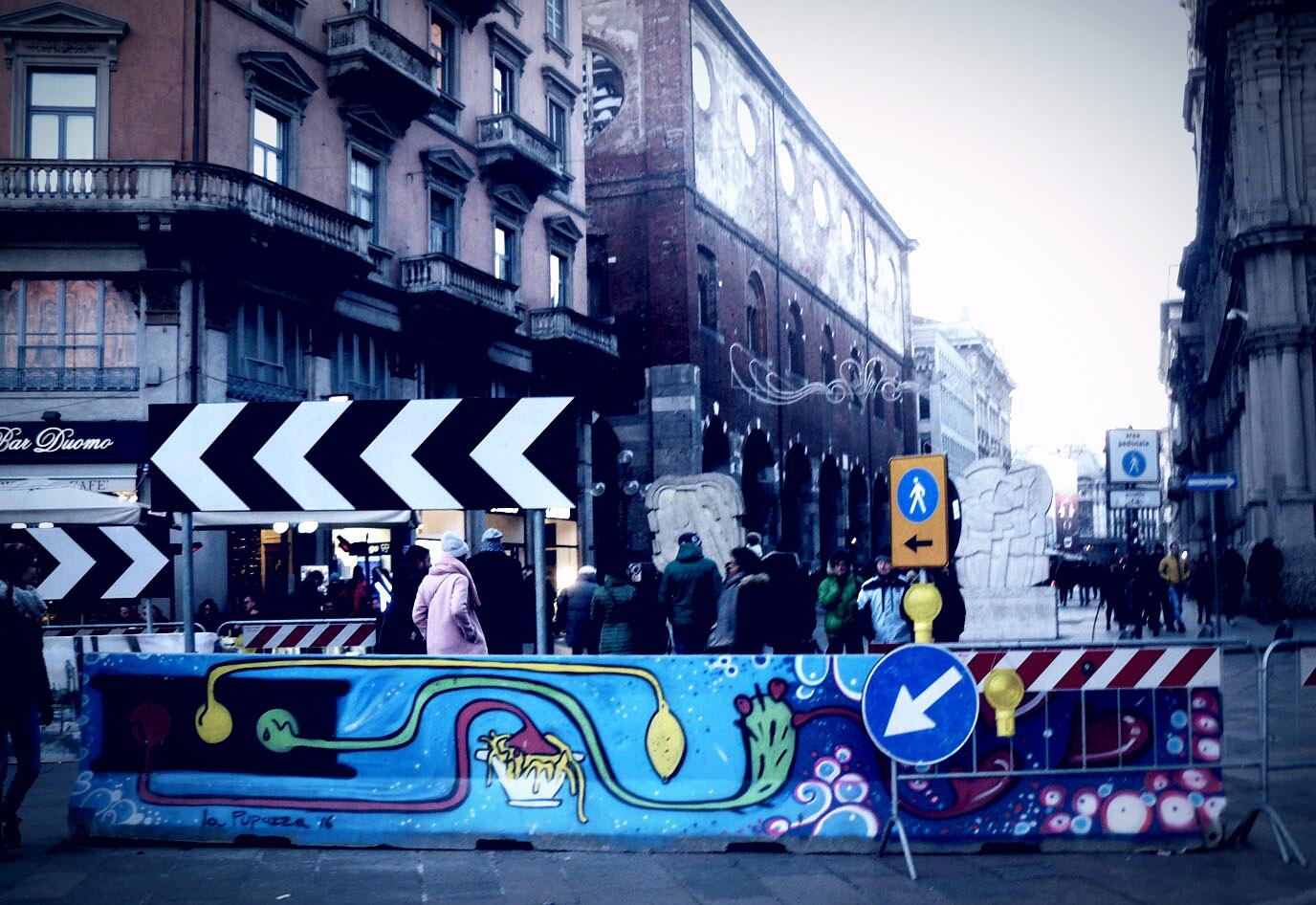 Da PiazzaVerso via Orefici, il murale di La Pupazza