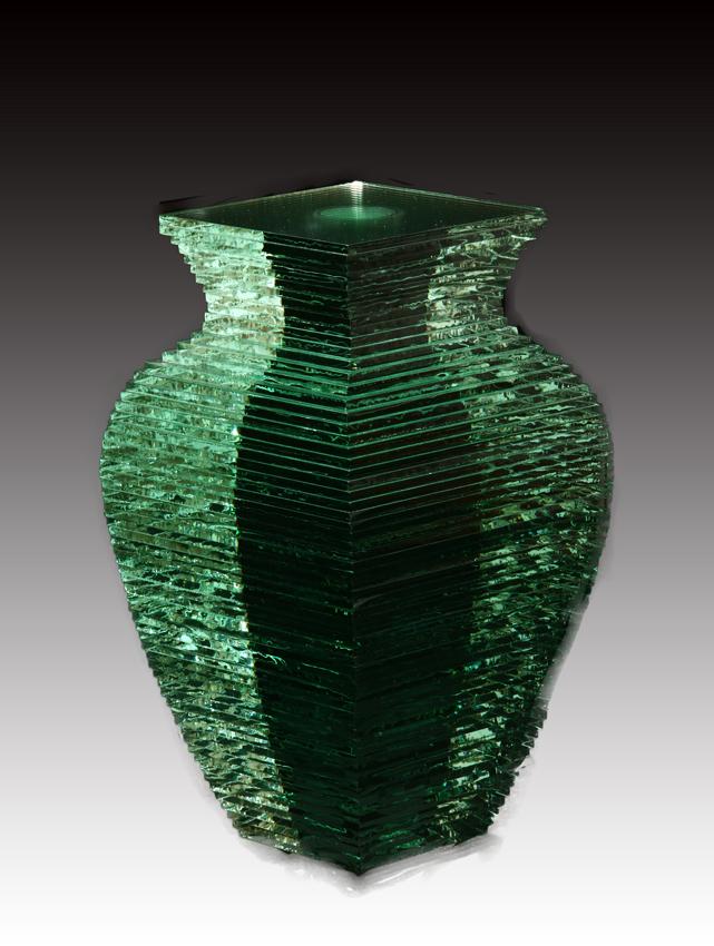 Vaso in vetro di Oki Izumi. Galleria Valentini&Maccacaro