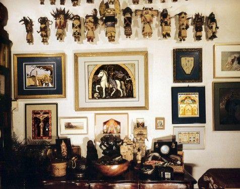 Lo studio di André Breton con le sculture delle civiltà precolombiane