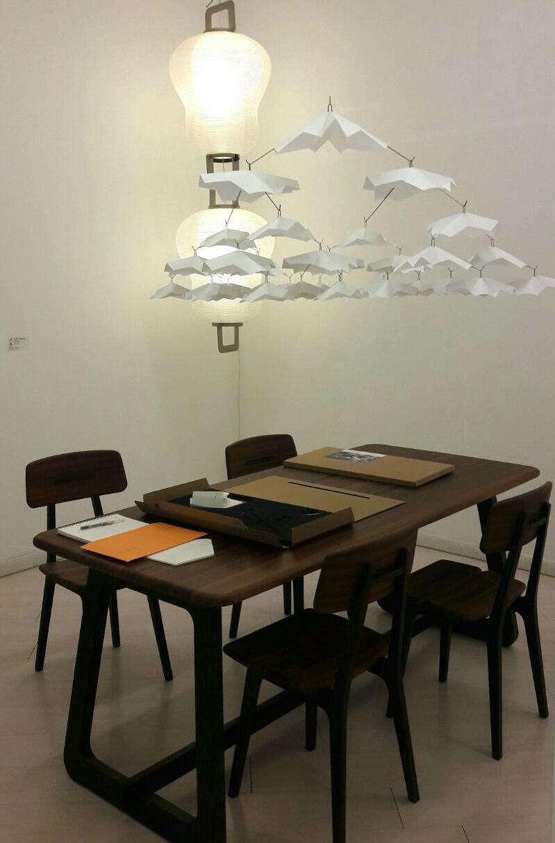 Mobili e lampade di casa Gifu da Amy D