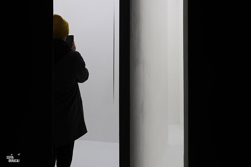 Lucio Fontana, Ambiente spaziale in Documenta 4, a Kassel, 1968.