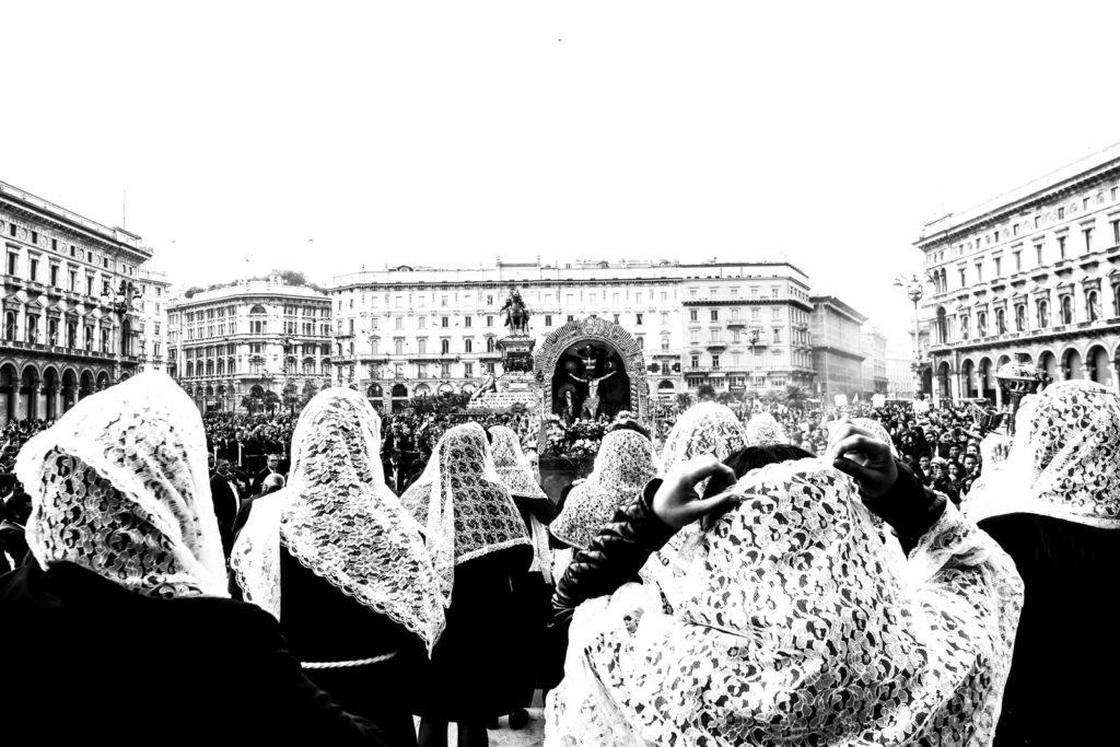Giorgio Galimberti- El señor de los Milagros en Milán-2