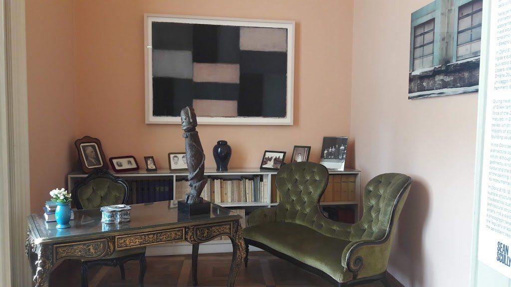 Villa Panza e Dan Flavin. Lo studio del collezionsita