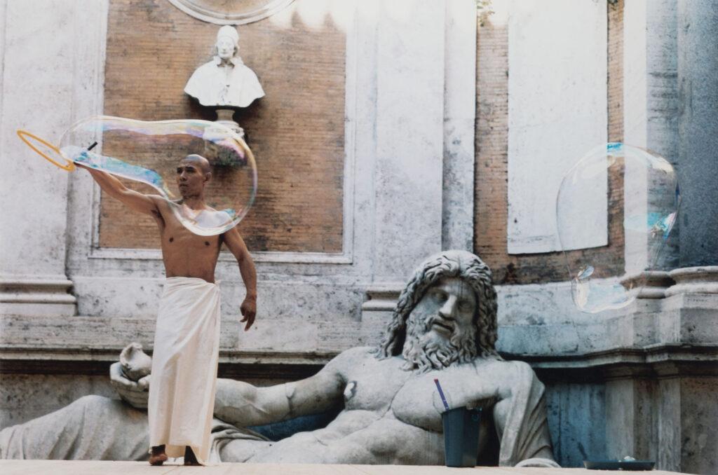 La ricerca sulla performance di Zhang Huan, My Rome- Hang bubble