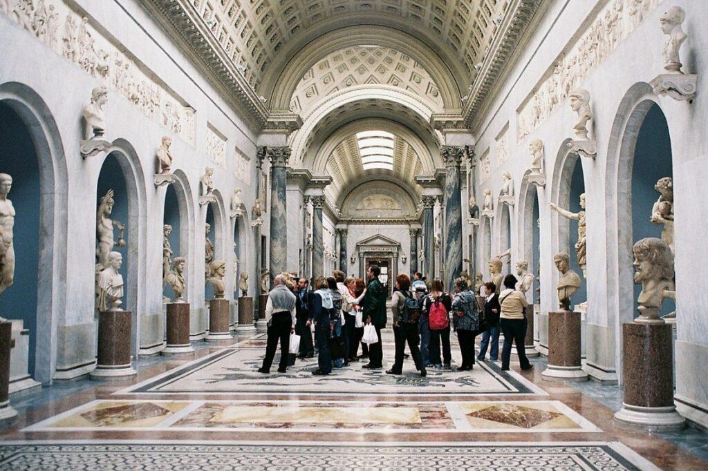 Digitalizzazione e mercato dell'arte nel report di Deloitte. Musei Vaticani