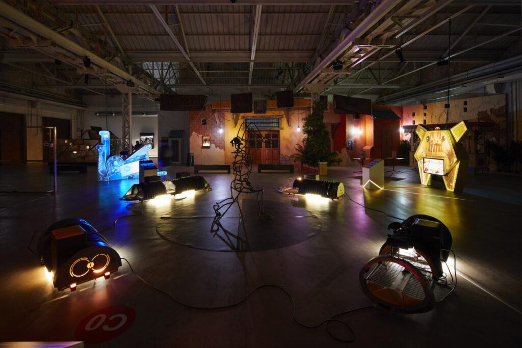 Hangar Bicocca,Digital Mourning di Neïl Beloufa 7