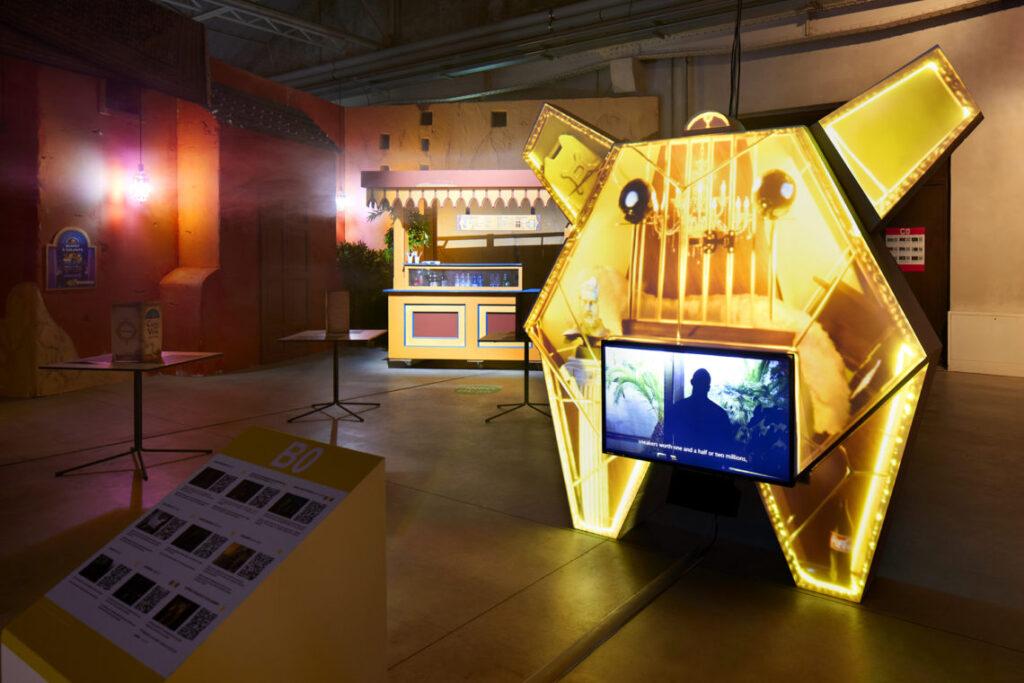 Hangar Bicocca,Digital Mourning di Neïl Beloufa 6